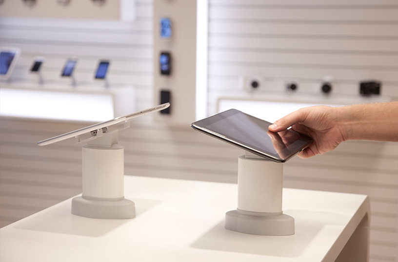 Displaying tablets on a table